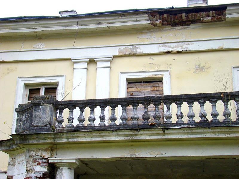 балкон графской усадьбы из фильма «Бронзовая птица»